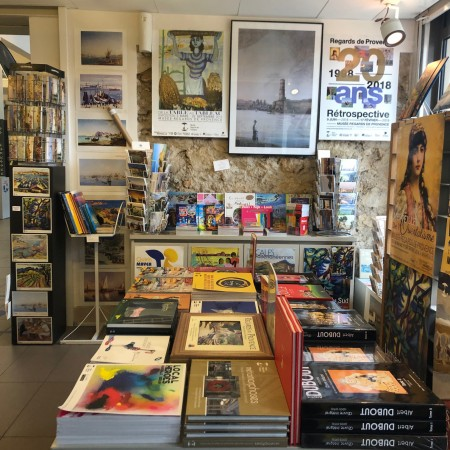 Librairie boutique Regards de Provence octobre 2020